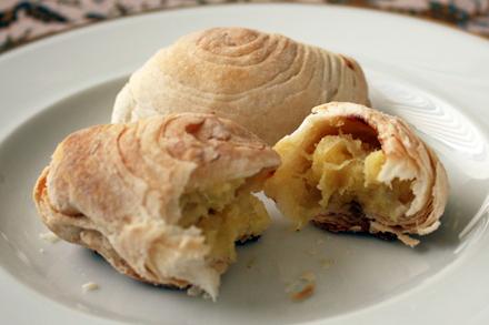 Split Durian Puff